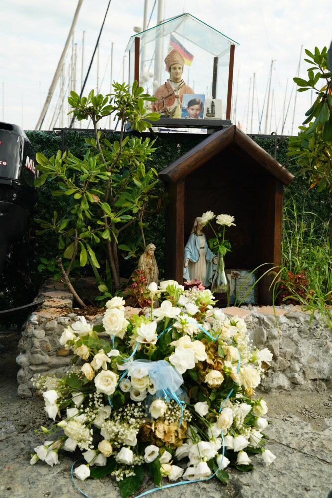 Castellammare di Stabia kleiner Altar am Yachthafen