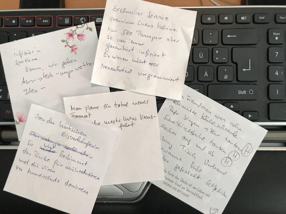 Zettel mit Notizen zu einem Song