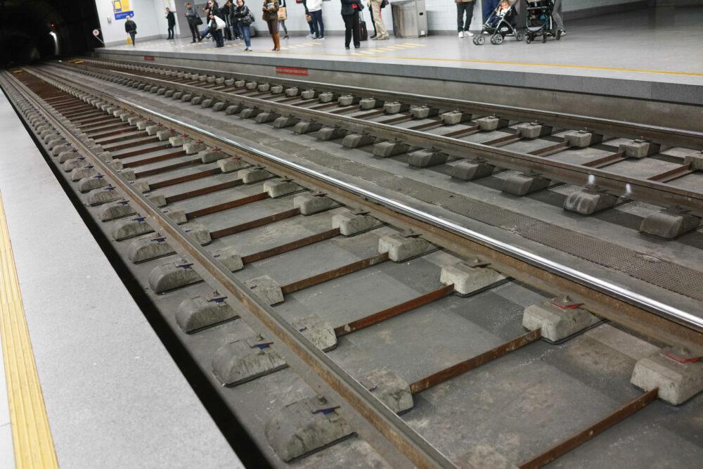 Porto Gleise U-Bahn Kein Müll
