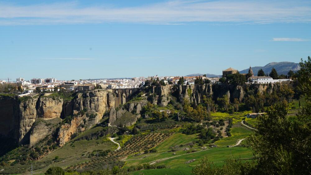 Blick auf Ronda, Spanien, berühmte Brücke