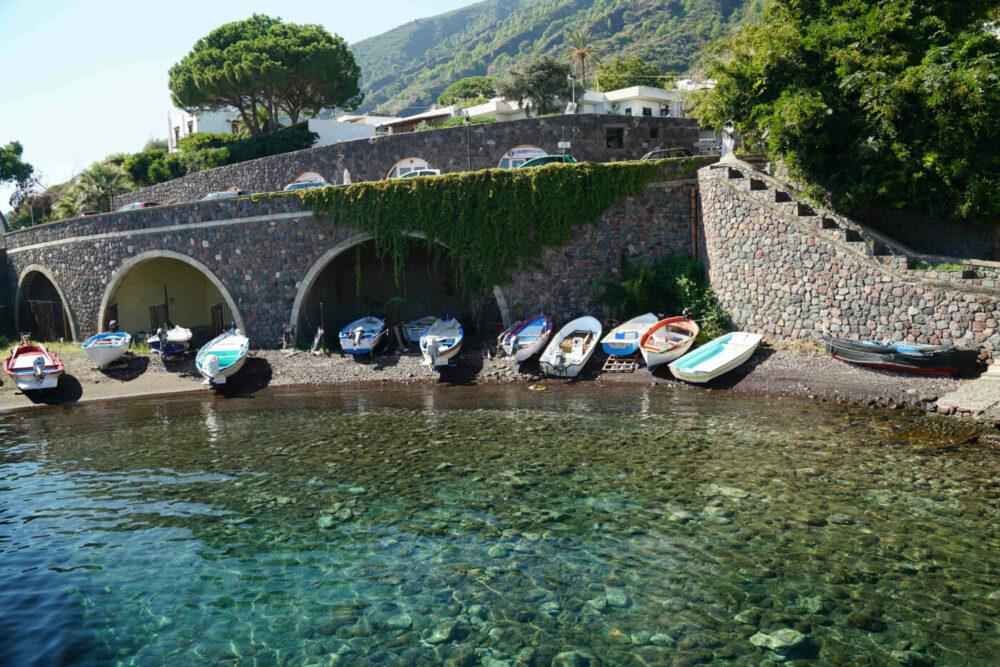 Salina Kleinhafen mit Booten im Trockenen