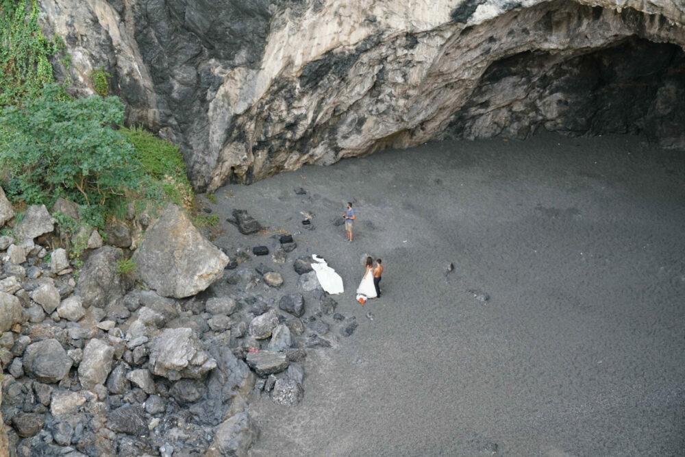 San Nicola Bucht Hochzeitspaar